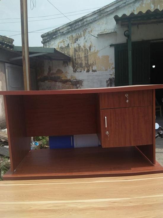 Bàn Vi Tính Hải Phòng gỗ 70cmx140cm