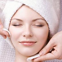 Chăm sóc da mặt chuyên sâu 12 bước với mỹ phẩm Thụy Sỹ tại Skinlab Spa