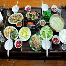Set ăn Nhím nướng tại bàn dành cho 4-5 người tại Nhà Hàng NHÍM